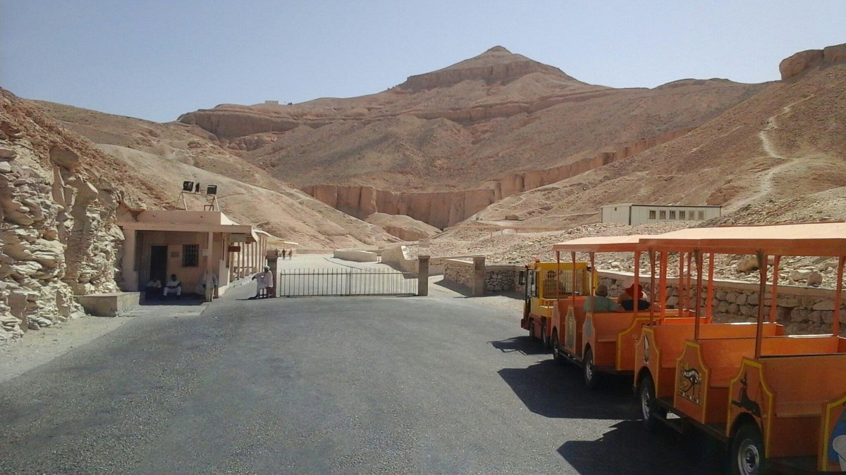 Экскурсия в Луксор Долину Царей из Хургады
