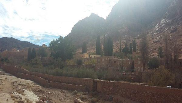 Экскурсия в монастырь Св. Екатерины из Шарм Эль-Шейха : фото монастыря