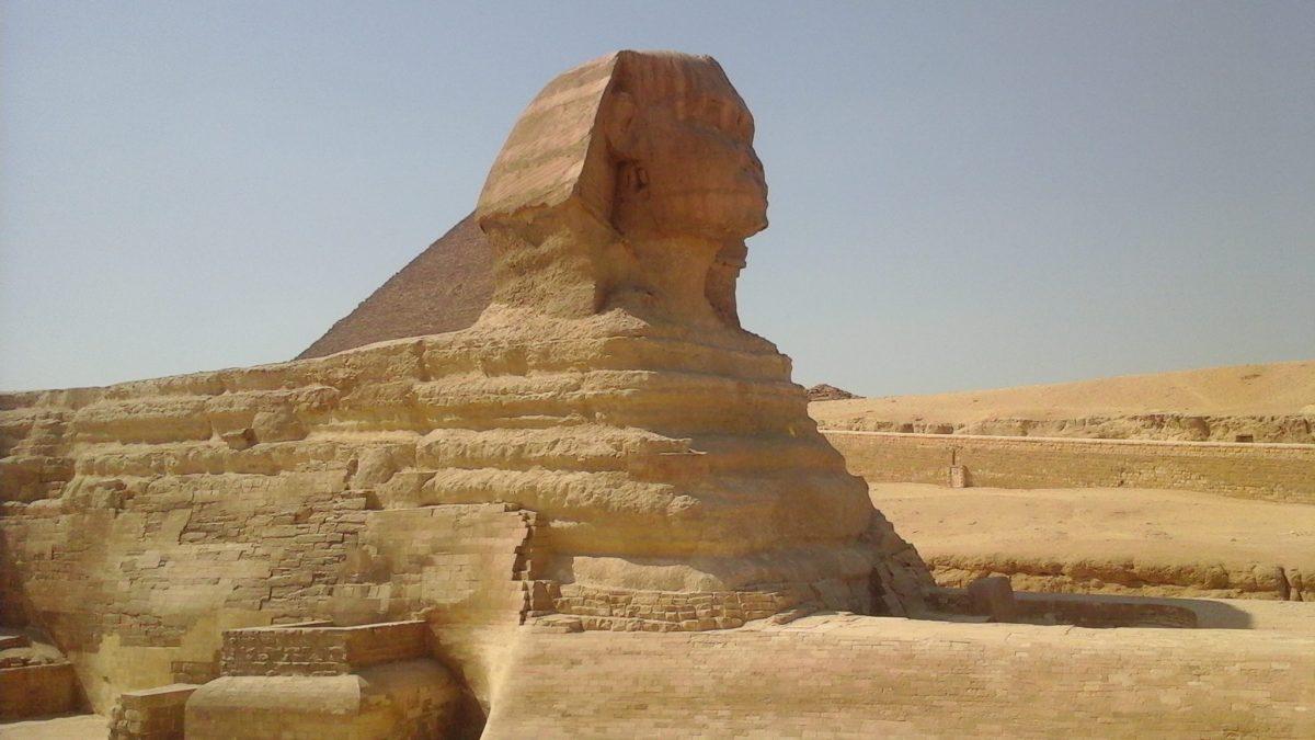 Частная поездка в Каир на самолете из Хургады