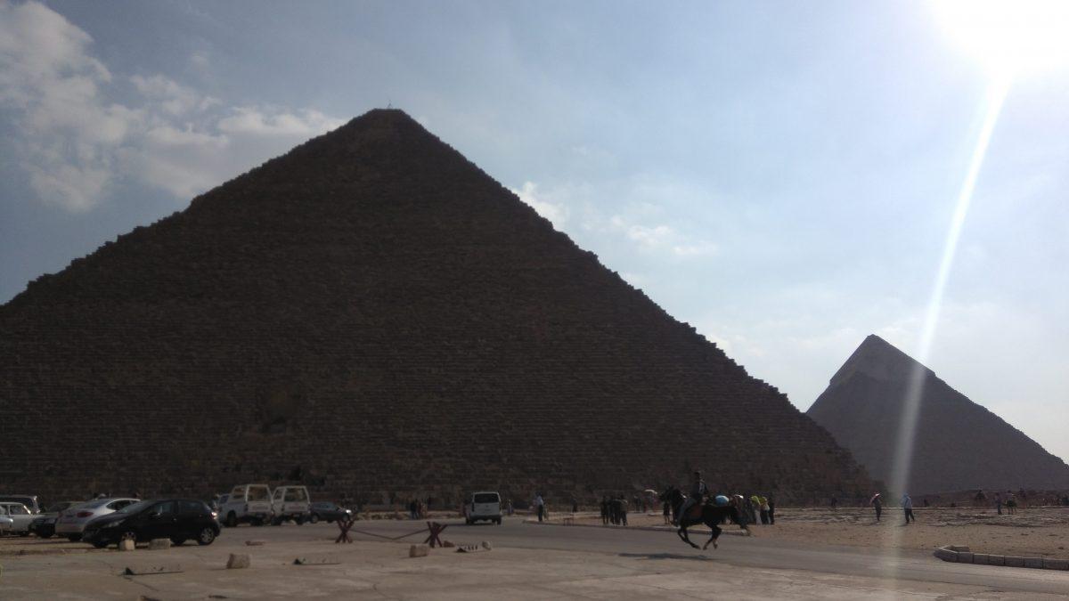 Поездка в комплекс пирамид в Гизе