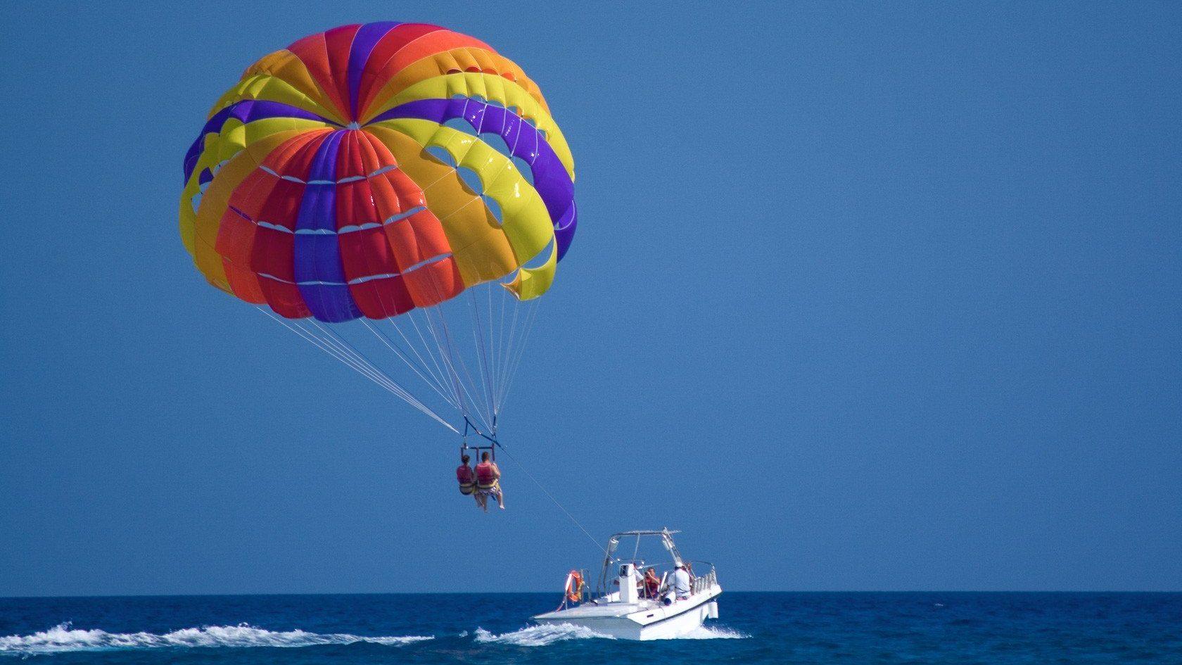 رحلة الإبحار المظلي الغردقة