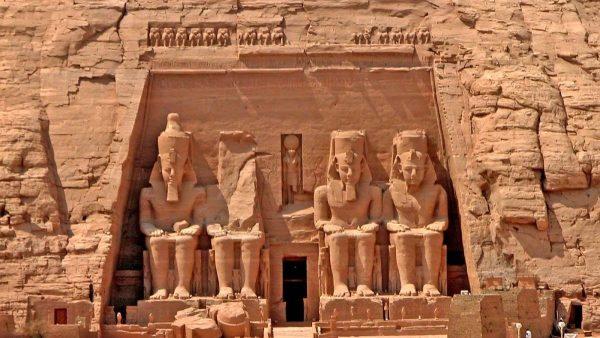 Поездка в Асуан и Абу Симбел из Сафаги