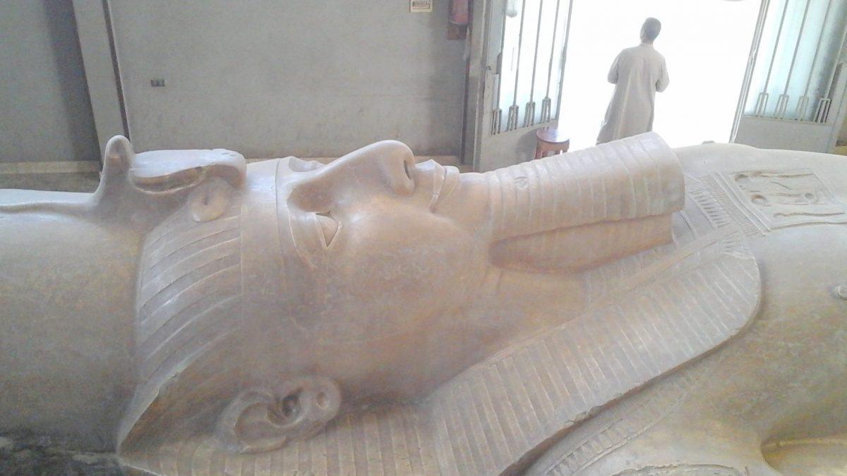 رحلة ممفيس وسقارة بالقاهرة