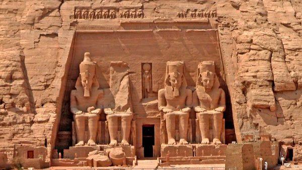 Assuan & Abu Simbel Reise Marsa Alam