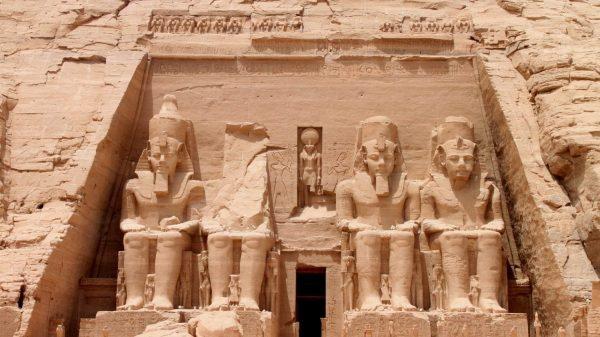 Assuan & Abu Simbel Reise Safaga