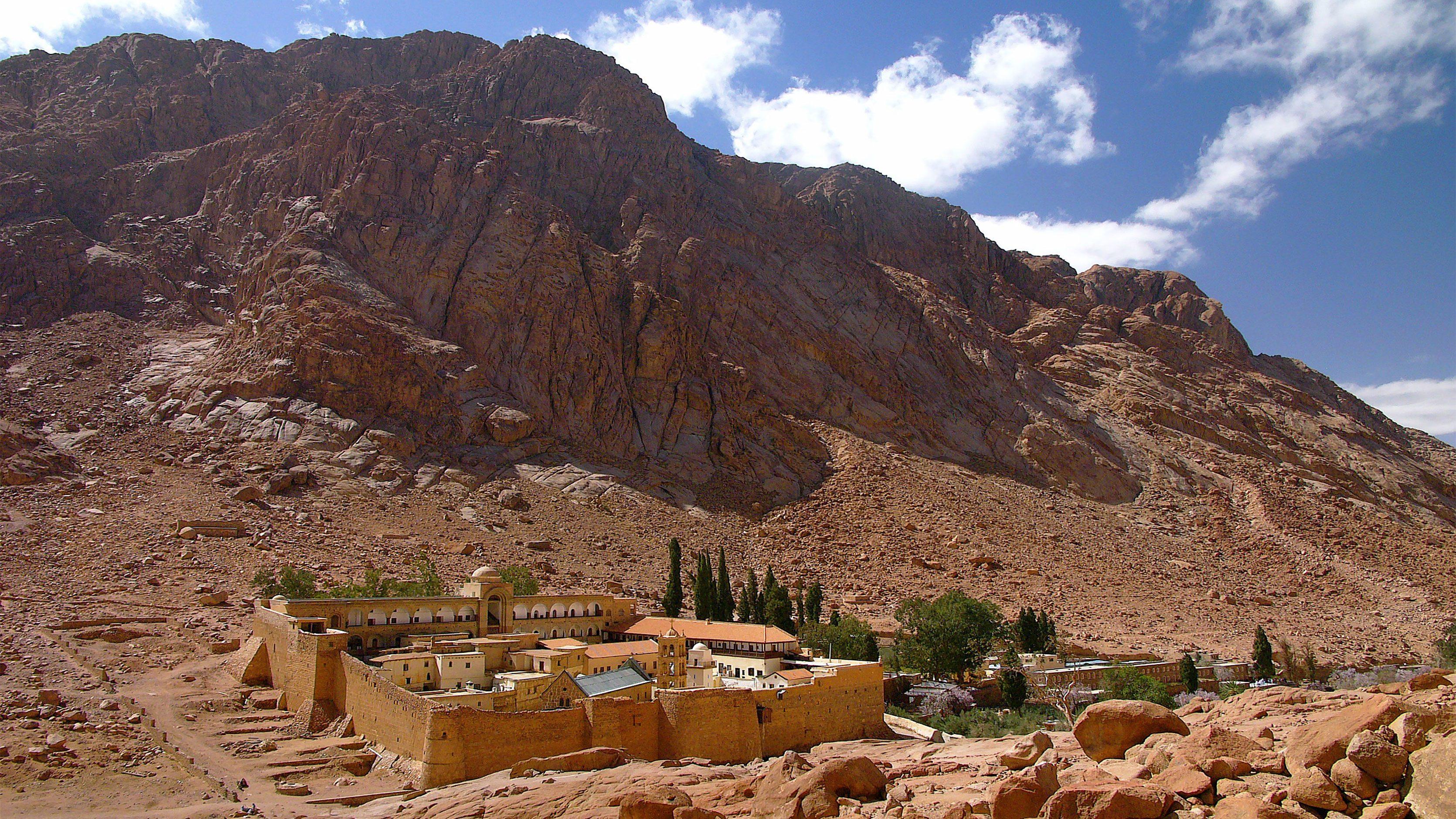 رحلة جبل موسى من القاهرة