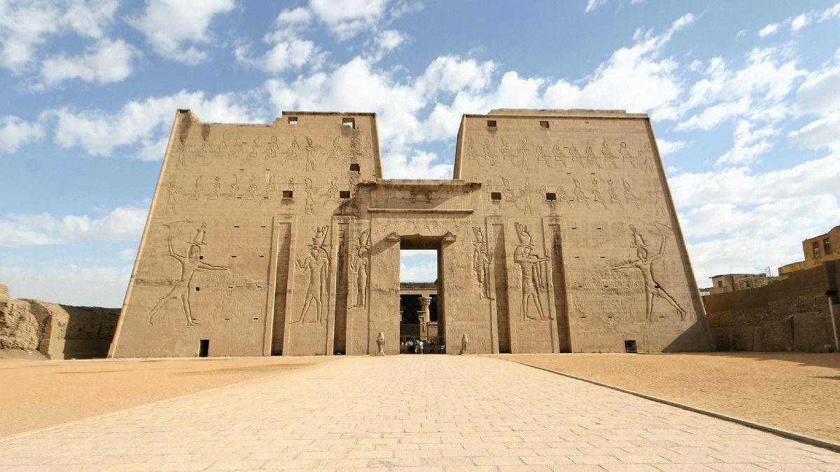 Храм Хоруса у Едфу