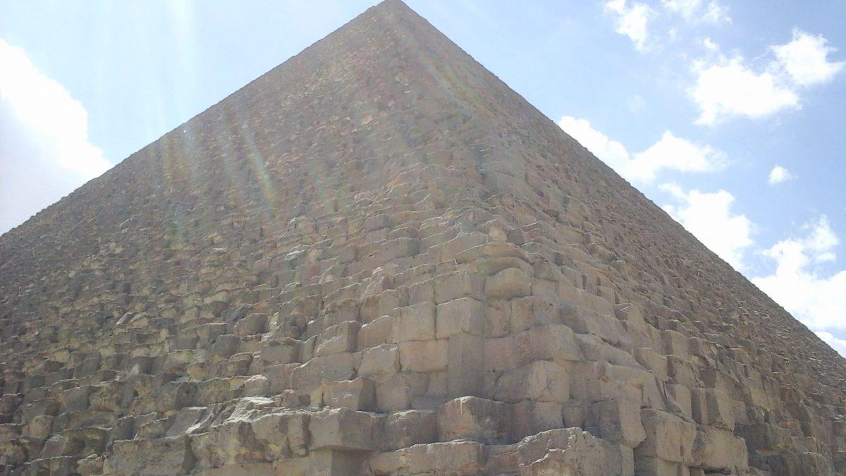 Pyramiden Touren